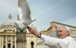 pope-francis-dove